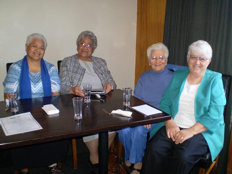 Une communauté de Petites Sieurs de l'Assomption néo-zélandaises et Tonganes